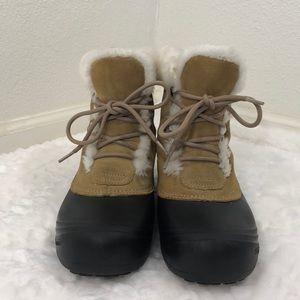 Columbia Women's Boots